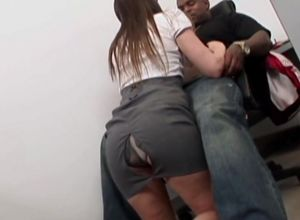 Tori Ebony nailed by my boss's Big..