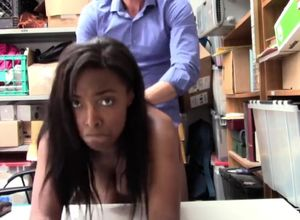 Shoplyfter ebony cockslut ravaged