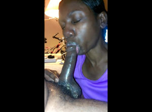 African damsel gives super-hot oral..