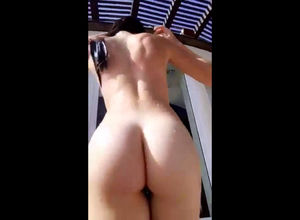 Big booty Girlfriend ambling naked..