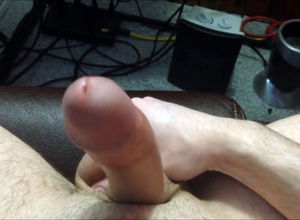 Thick shaft nutting on arms Point of..